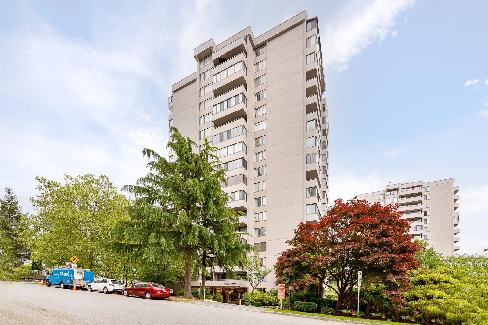 Main Photo: 1001 2020 BELLWOOD Avenue in Burnaby: Brentwood Park Condo for sale (Burnaby North)  : MLS®# R2618196