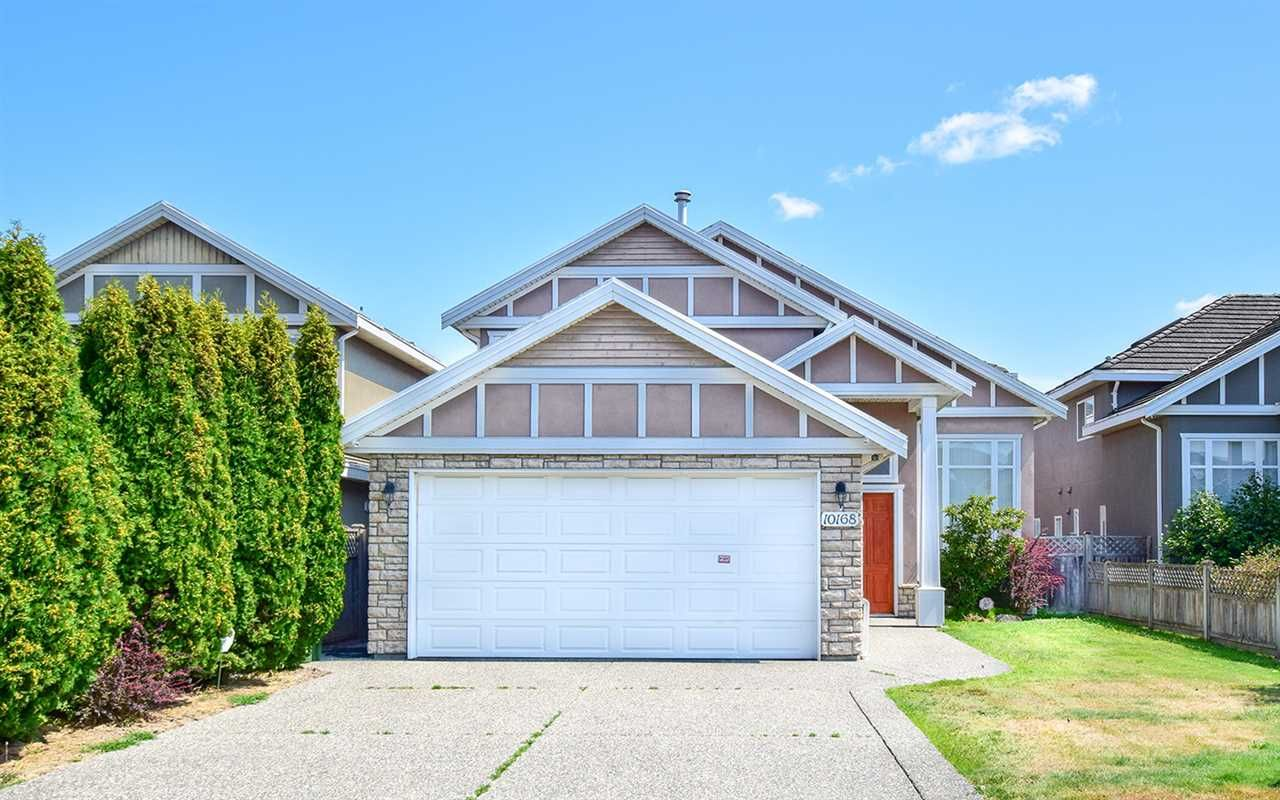 Main Photo: 10168 HOLLYWELL DRIVE in : Steveston North House for sale : MLS®# R2394923