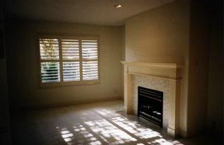 Photo 3: #332, 13888 70 Avenue, Surrey: Condo for sale (West Newton)