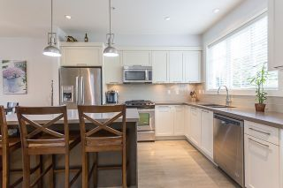 """Photo 7: 4 12161 237 Street in Maple Ridge: East Central Townhouse for sale in """"VILLAGE GREEN"""" : MLS®# R2097665"""