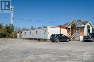 Photo 4: 5400-5402 OLD RICHMOND ROAD ROAD E in Ottawa: Industrial for sale : MLS®# 1252751