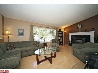 "Photo 2: 20760 39TH Avenue in Langley: Brookswood Langley House for sale in ""BROOKSWOOD"" : MLS®# F1219961"