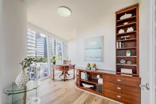 "Photo 13: 701 1281 W CORDOVA Street in Vancouver: Coal Harbour Condo for sale in ""CALLISTO COAL HARBOUR"" (Vancouver West)  : MLS®# R2497633"