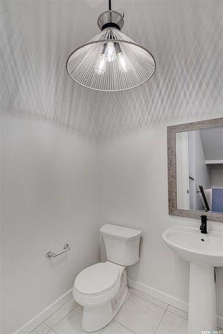 Photo 38: 2119 York Avenue in Saskatoon: Queen Elizabeth Residential for sale : MLS®# SK872076