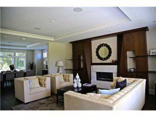 Photo 3: 950 GLENORA AV in North Vancouver: Edgemont House for sale