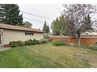 Photo 19: 6135 LONGMOOR Way SW in Calgary: Bi-Level for sale : MLS®# C3584023