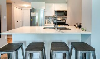 Photo 7: 302 2733 CHANDLERY Place in Vancouver: South Marine Condo for sale (Vancouver East)  : MLS®# R2483139