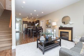 Photo 7: 10 1893 Prosser Rd in Central Saanich: CS Saanichton Row/Townhouse for sale : MLS®# 789357