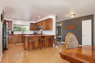 Photo 6: OCEANSIDE House for sale : 3 bedrooms : 1675 Avocado