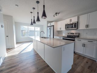 Photo 8: 2615 201 Street in Edmonton: Zone 57 Attached Home for sale : MLS®# E4262205