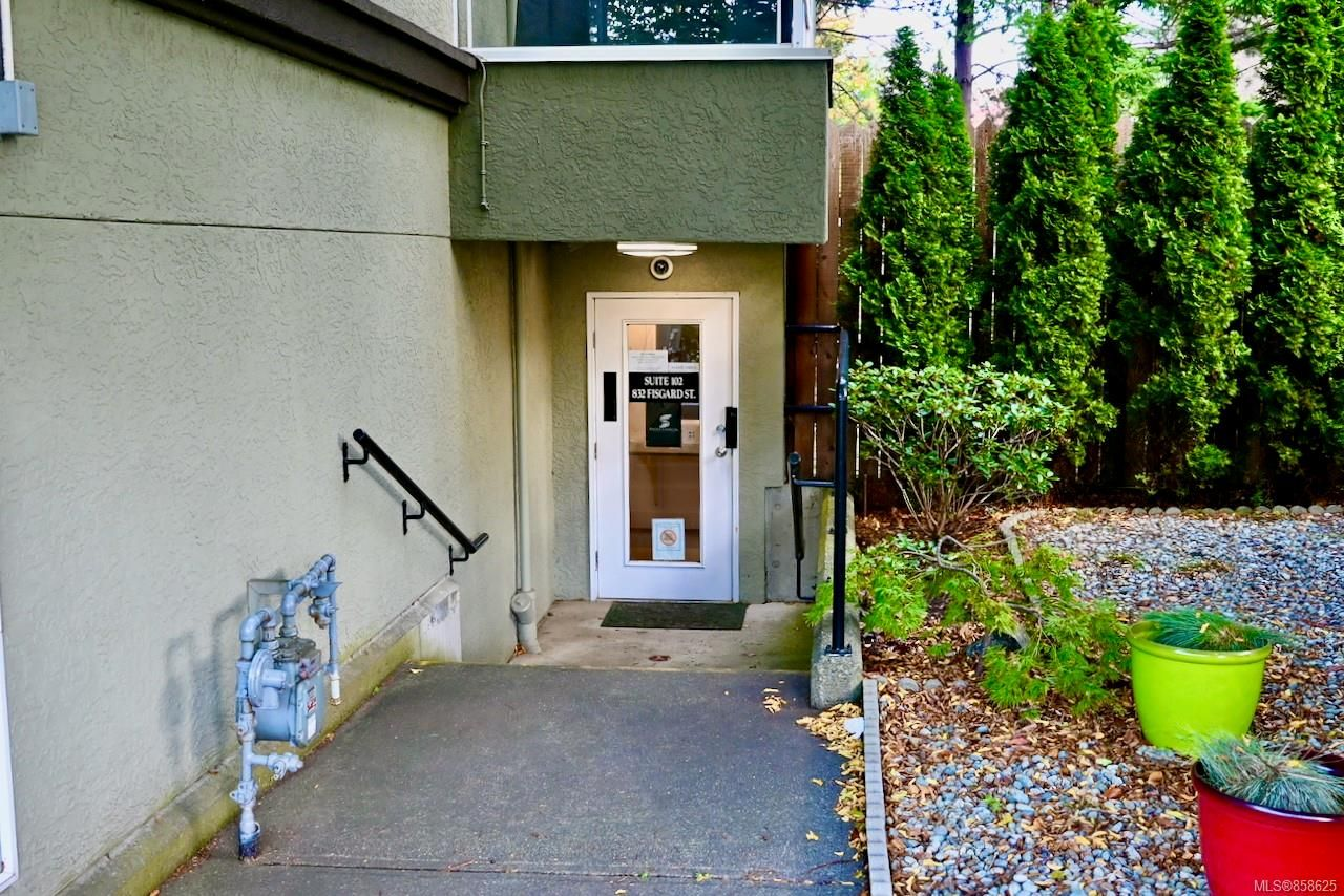 Main Photo: 102 832 Fisgard St in : Vi Downtown Office for lease (Victoria)  : MLS®# 858625