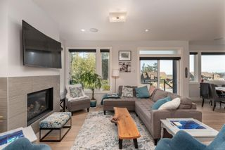 Photo 7: 452 Regency Pl in : Co Royal Bay House for sale (Colwood)  : MLS®# 873178