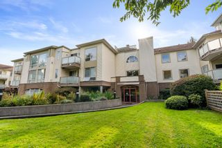 """Photo 5: 304 6742 STATION HILL Court in Burnaby: South Slope Condo for sale in """"WYNDHAM COURT"""" (Burnaby South)  : MLS®# R2621725"""