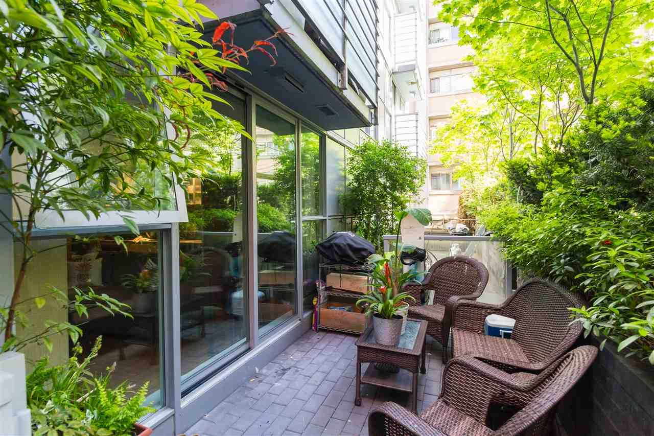 Main Photo: 216 168 POWELL Street in Vancouver: Downtown VE Condo for sale (Vancouver East)  : MLS®# R2270800
