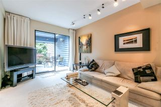 """Photo 3: 836 HENDECOURT Road in North Vancouver: Lynn Valley Townhouse for sale in """"LAURA LYNN"""" : MLS®# R2202973"""