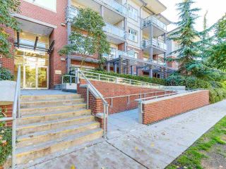 """Photo 2: 305 2488 KELLY Avenue in Port Coquitlam: Central Pt Coquitlam Condo for sale in """"SYMPHONY AT GATES PARK"""" : MLS®# R2212114"""
