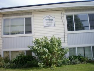 Photo 2: 10215 98th Street in Fort St. John: Home for sale : MLS®# F3100777