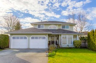 Photo 1: 20280 94B Avenue in Langley: Walnut Grove House for sale : MLS®# R2537496