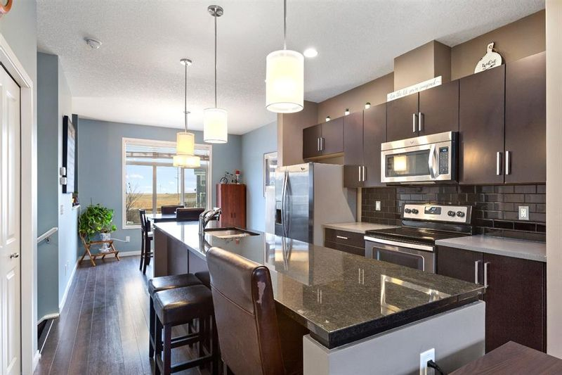 FEATURED LISTING: 628 Copperpond Boulevard Southeast Calgary