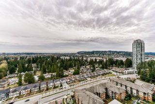 "Photo 13: 2503 3102 WINDSOR Gate in Coquitlam: New Horizons Condo for sale in ""CELADON"" : MLS®# R2352768"