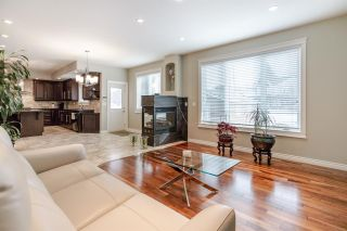 Photo 15: 9261 STRATHEARN Drive in Edmonton: Zone 18 House for sale : MLS®# E4231962