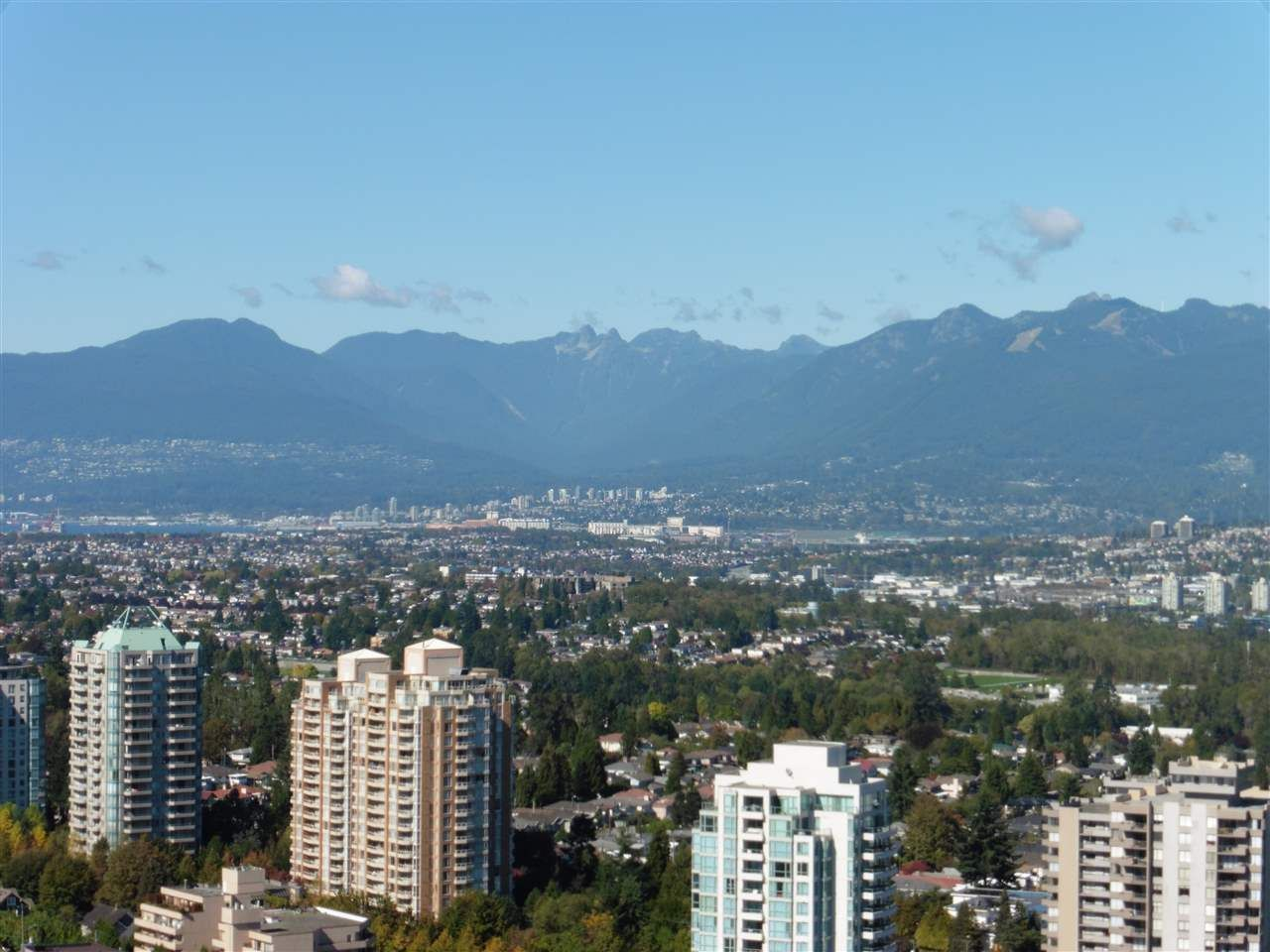"Main Photo: 3702 4880 BENNETT Street in Burnaby: Metrotown Condo for sale in ""CHANCELLOR"" (Burnaby South)  : MLS®# R2006395"