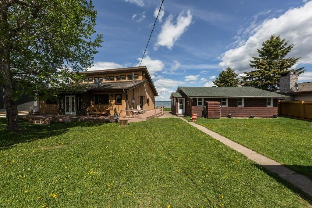 Main Photo: 35 Crystal Springs Drive: Rural Wetaskiwin County House for sale : MLS®# E4247176