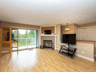 Photo 3: 914 Wendey Dr in Langford: La Walfred Half Duplex for sale : MLS®# 840588