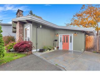 Photo 2: 32715 CRANE Avenue in Mission: Mission BC House for sale : MLS®# R2625904