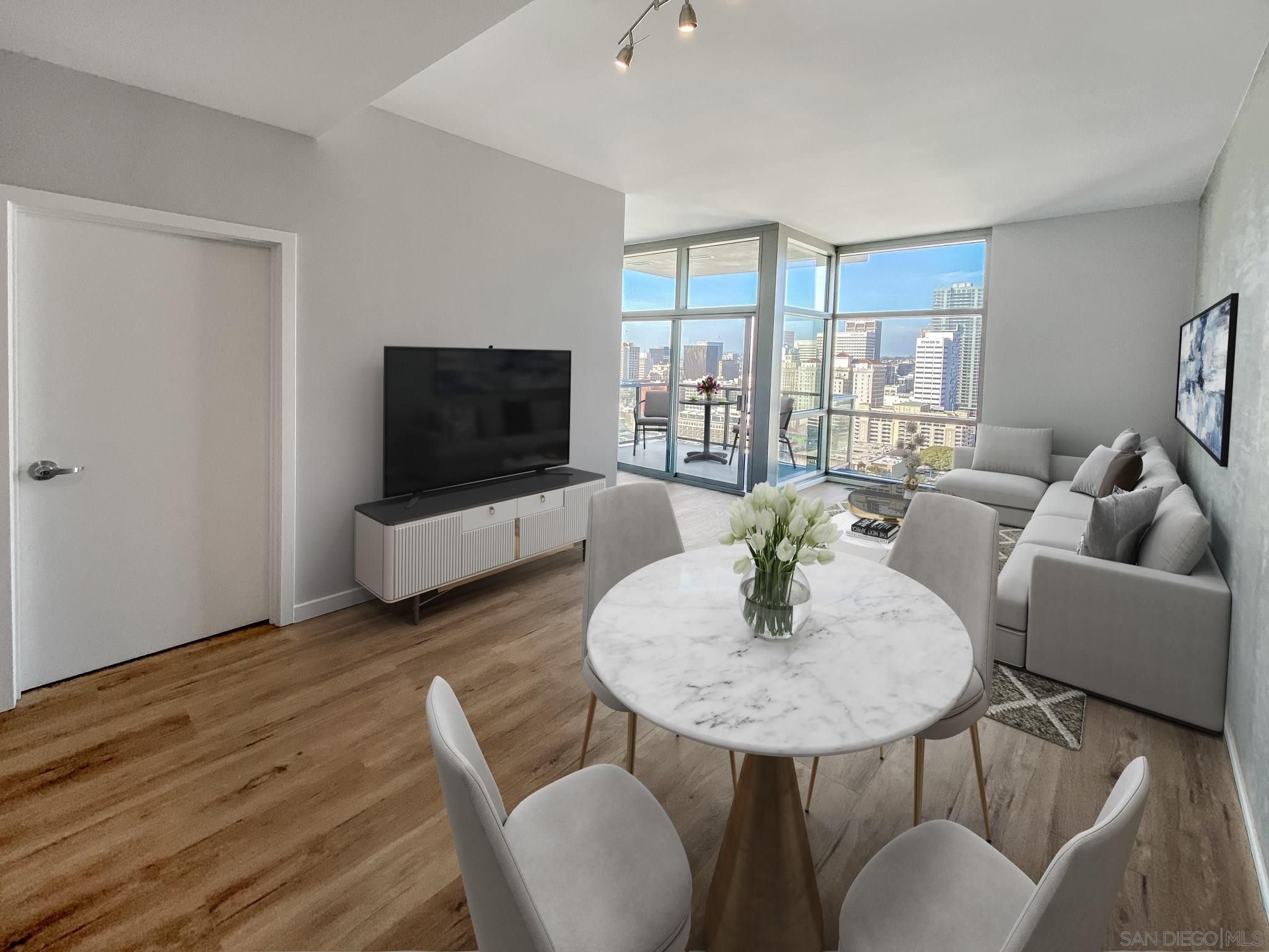 Main Photo: DOWNTOWN Condo for sale : 1 bedrooms : 800 The Mark Ln #2403 in San Diego