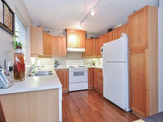 Photo 11: 213 1420 PARKWAY Boulevard in Coquitlam: Westwood Plateau Condo for sale : MLS®# V1054889