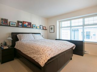 Photo 13: 3868 WELWYN STREET in Vancouver East: Victoria VE Home for sale ()  : MLS®# R2017128
