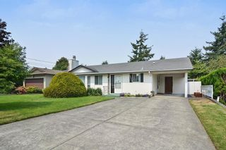 Photo 2: 15517 17 ave in Surrey: House for sale (South Surrey White Rock)  : MLS®# R2192308
