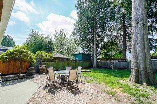 """Photo 20: 5901 ABERDEEN Street in Surrey: Cloverdale BC House for sale in """"Jersey Hills"""" (Cloverdale)  : MLS®# R2383785"""