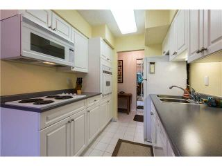 """Photo 4: 1 2431 KELLY Avenue in Port Coquitlam: Central Pt Coquitlam Condo for sale in """"ORCHARD VALLEY ESTATES"""" : MLS®# V992019"""