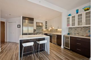 Photo 3: DOWNTOWN Condo for sale : 2 bedrooms : 700 W Harbor Dr #1106 in San Diego