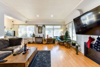 Photo 6: 7320 INVERNESS Street in Vancouver: South Vancouver House for sale (Vancouver East)  : MLS®# R2523929