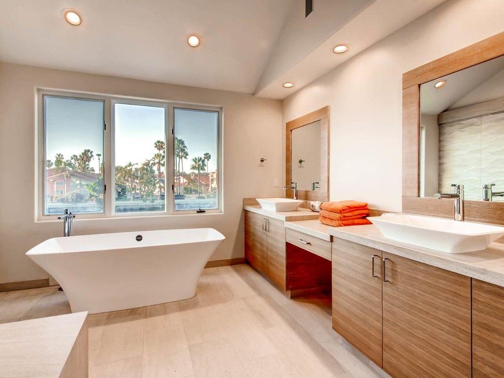Photo 14: Photos: House for sale : 4 bedrooms : 4 Spinnaker Way in Coronado