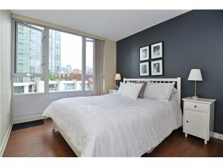 """Photo 6: 605 1067 MARINASIDE Crescent in Vancouver: Yaletown Condo for sale in """"QUAYWEST II"""" (Vancouver West)  : MLS®# V955642"""