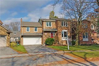 Photo 1: 414 Brian Court in Pickering: West Shore House (2-Storey) for sale : MLS®# E4032289