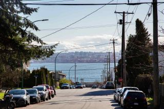 Photo 16: 332 ST. PATRICK'S Avenue in North Vancouver: Lower Lonsdale 1/2 Duplex for sale : MLS®# R2556186
