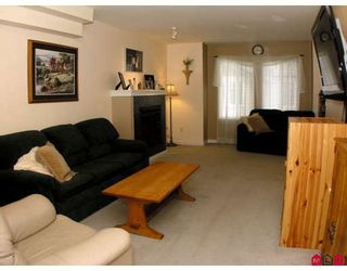 """Photo 7: 37 12711 64TH Avenue in Surrey: West Newton Townhouse for sale in """"PALETTE ON THE PARK"""" : MLS®# F2905934"""