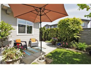 """Photo 9: 133 2729 158TH Street in Surrey: Grandview Surrey Townhouse for sale in """"KALEDEN"""" (South Surrey White Rock)  : MLS®# F1411396"""