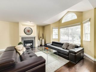 """Photo 2: 149 101 PARKSIDE Drive in Port Moody: Heritage Mountain Townhouse for sale in """"Treetops"""" : MLS®# R2509832"""