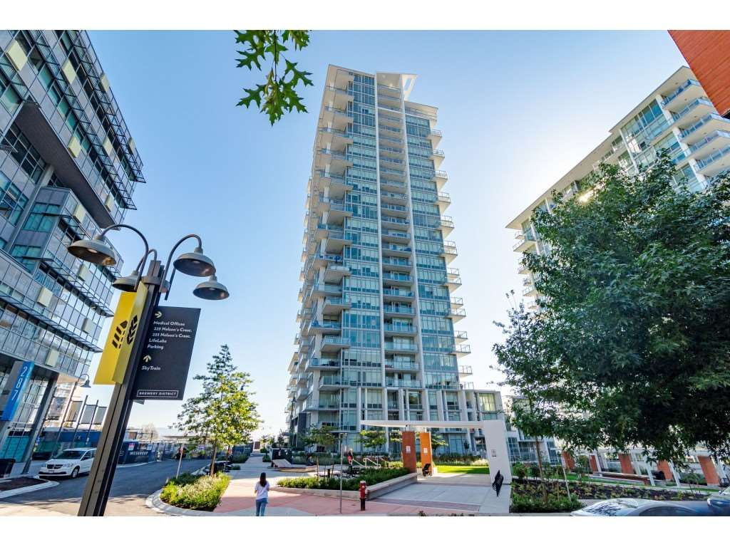 """Main Photo: 2404 258 NELSON'S Court in New Westminster: Sapperton Condo for sale in """"THE COLUMBIA AT BREWERY DISTRICT"""" : MLS®# R2502597"""