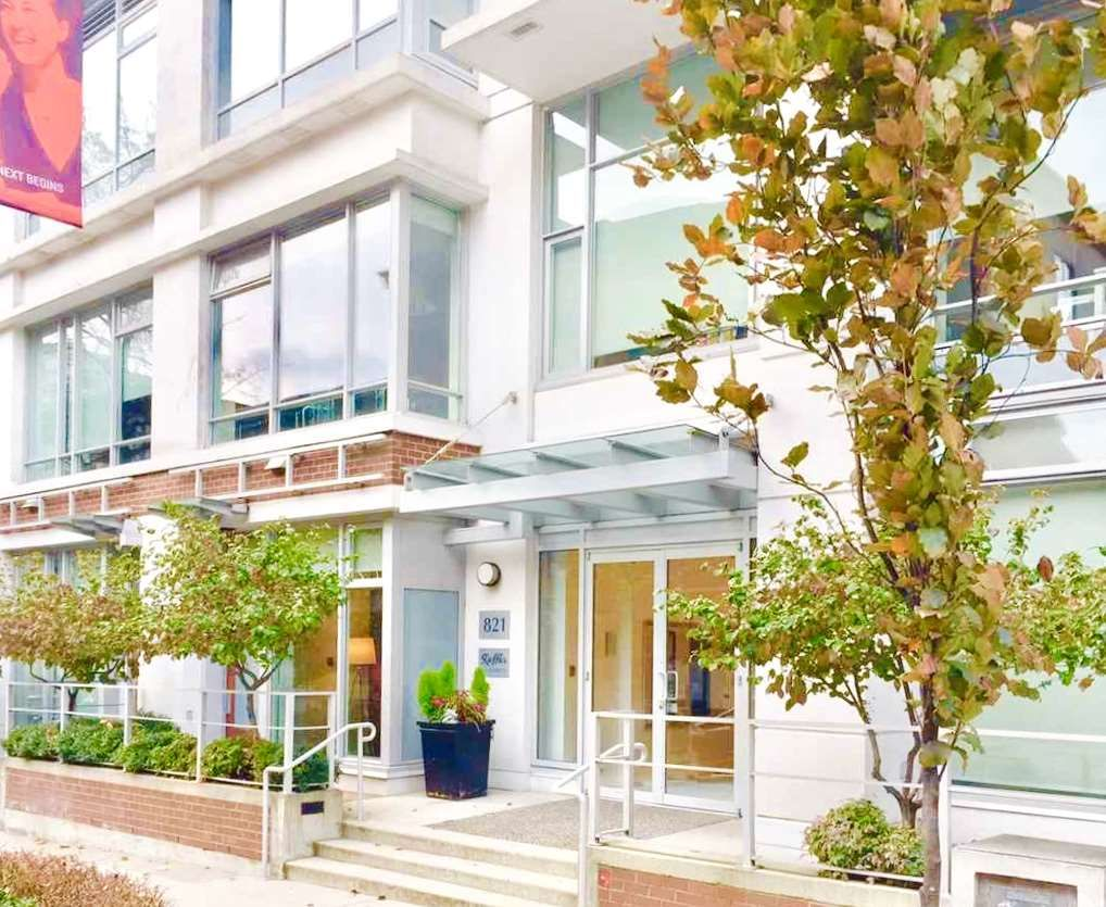 """Main Photo: 1902 821 CAMBIE Street in Vancouver: Downtown VW Condo for sale in """"RAFFLES"""" (Vancouver West)  : MLS®# R2432183"""