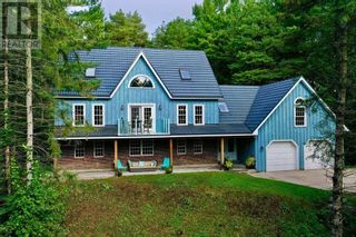 Main Photo: 108 DORAN RD in Springwater: House for sale : MLS®# S5373433