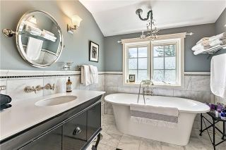 Photo 37: 527 Sunderland Avenue SW in Calgary: Scarboro Detached for sale : MLS®# A1061411