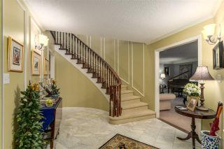 "Photo 2: 6846 WHITEOAK Drive in Richmond: Woodwards House for sale in ""WOODWARDS"" : MLS®# R2131697"
