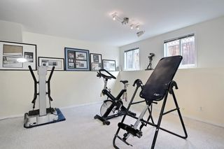 Photo 40: 1650 Westmount Boulevard NW in Calgary: Hillhurst Semi Detached for sale : MLS®# A1136504
